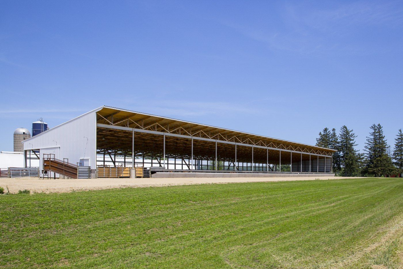 Brad Mapes_Slatted Facility_Monoslope Beef Barn